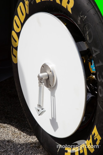 Wheel on the car of Danica Patrick, Stewart-Haas Racing Chevrolet