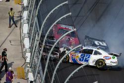 Last lap crash: Kyle Larson, Brad Keselowski, Brian Scott, Justin Allgaier crash heavily