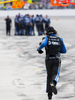 The Hendrick crew celebrates Jimmie Johnson's win