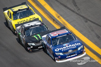 Elliott Sadler, Kyle Busch and Brian Vickers