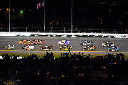 Ron Hornaday leads a group of trucks