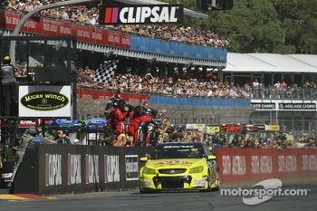 Shane van Gisbergen, VIP Petfood Racing takes the win