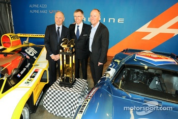 Carlos Tavares, operating chief of Renault, and Philippe Sinault, Signatech