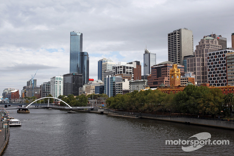 The Yarra river and cityscape in scenic Melbourne