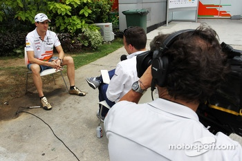 Adrian Sutil, Sahara Force India F1 with Will Buxton, NBS Sports Network TV Presenter