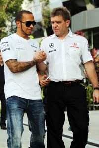 Lewis Hamilton, Mercedes AMG F1 with Dr. Aki Hintsa, McLaren Team Doctor