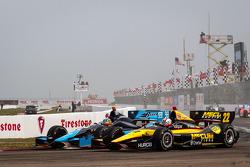 Alex Tagliani, Bryan Herta Autosport with Curb-Agajanian Honda and Oriol Servia, Panther DRR Chevrolet