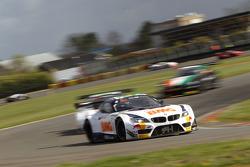 #20 BMW Team Brazil BMW Z4: Caca Bueno, Allam Khodair