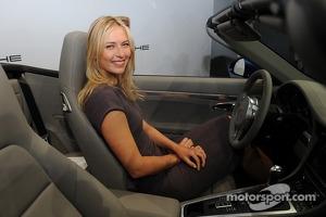 Maria Sharapova becomes Porsche representative