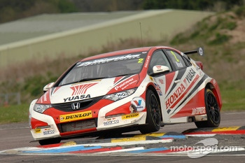 Matt Neal, Honda Yuasa Racing