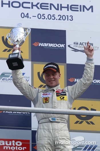 Podium: winner Felix Rosenqvist
