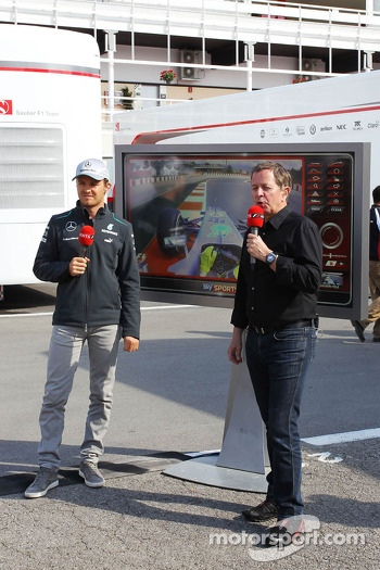 Martin Brundle, Sky Sports Commentator with pole sitter Nico Rosberg, Mercedes AMG F1