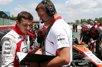 Jules Bianchi, Marussia F1 Team MR02 on the grid