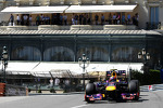 mark-webber-red-bull-racing-rb9-278