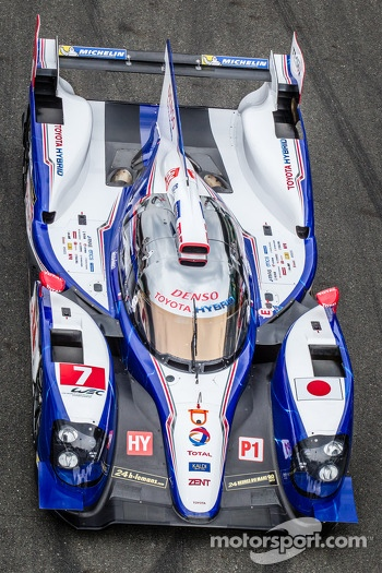 #7 Toyota Racing Toyota TS030 Hybrid at the car group photoshoot