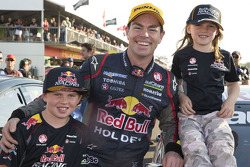 Race winner Craig Lowndes, Red Bull Holden