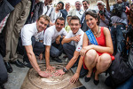 hand-imprint-ceremony-2012-24-hours-of-le-mans-winners-marcel-f-ssler-andre-lotterer-an-5