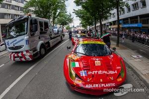 #55 AF Corse Ferrari F458 Italia: Piergiuseppe Perazzini, Darryl O'Young, Lorenzo Case