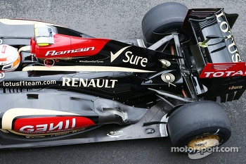 Romain Grosjean, Lotus F1 E21 engine cover