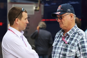 Peter Phillips, with Alan Webber, Red Bull Racing