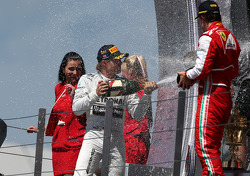 Nico Rosberg, Mercedes GP and Fernando Alonso, Scuderia Ferrari