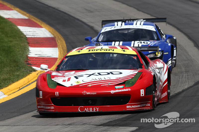#69 AIM Autosport Team FXDD with Ferrari Ferrari 458: Emil Assentato, Anthony Lazzaro, Leh Keen
