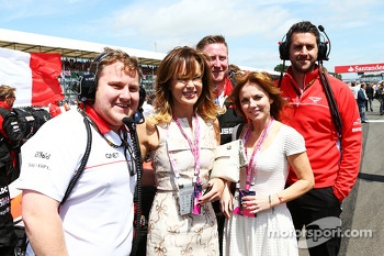 Amanda Holden and Geri Halliwell Singer with Marussia F1 Team on the grid