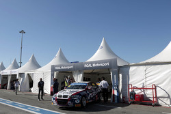 Tom Coronel, ROAL Motorsport BMW E90 320 TC is not driving the Warm Up