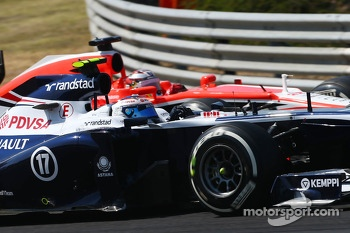 Valtteri Bottas, Williams FW35 and Jules Bianchi, Marussia F1 Team MR02 battle for position