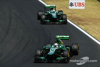 Giedo van der Garde, Caterham CT03 leads team mate Charles Pic, Caterham CT03