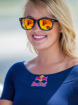 Red Bull grid girl