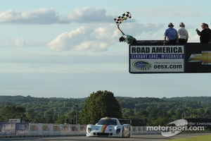 #8 Starworks Motorsport BMW/Riley: Scott Mayer, Brendon Hartley takes the win