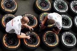 McLaren mechanics with Pirelli tyres.