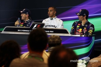 The qualifying FIA Press Conference, Red Bull Racing, second; Lewis Hamilton, Mercedes AMG F1, pole position; Mark Webber, Red Bull Racing, third