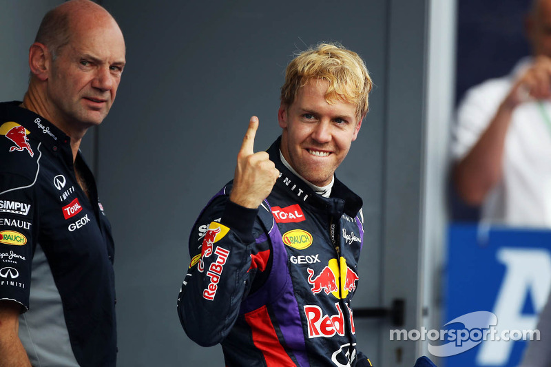 Race winner Sebastian Vettel, Red Bull Racing celebrates in parc ferme with Adrian Newey, Red Bull Racing Chief Technical Officer