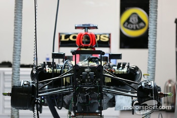 Lotus F1 E21 prepared in the pits