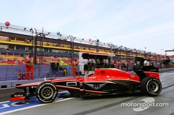 Jules Bianchi, Marussia F1 Team leaves the pits