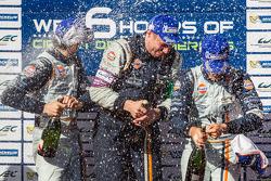 LMGTE Pro podium: champagne for Frédéric Makowiecki and Bruno Senna