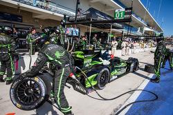 Pit stop for #01 Extreme Speed Motorsports HPD ARX-03b HPD: Scott Sharp, Anthony Lazzaro
