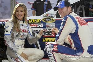 Polesitter Dale Earnhardt Jr., Hendrick Motorsports Chevrolet