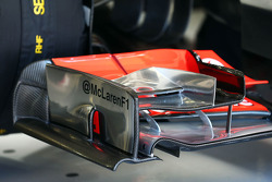McLaren MP4-28 front wing detail