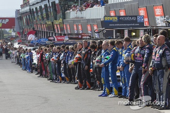 Drivers lined up for the start