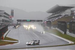 Start under the rain