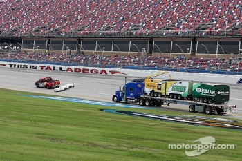 Air Titan dries the track