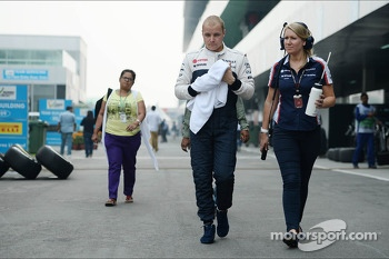 Valtteri Bottas, Williams with Sophie Eden, Williams Press Officer