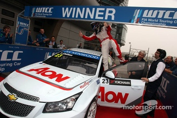 Tom Chilton, Chevrolet Cruze 1.6 T, RML race winner