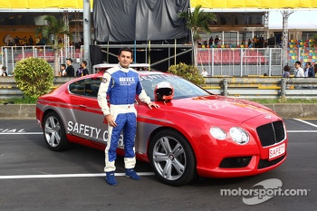 Bruno Correira, Safety Car official driver near the Bentley Safety Car