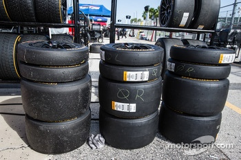 Continental tires for the #0 DeltaWing Racing Cars DeltaWing DWC13 Elan