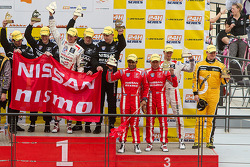 ENDURANCE: Lucas Ordonez, Ashley Oldfield, Tor Graves, James Moffat, Karun Chandhok on the podium