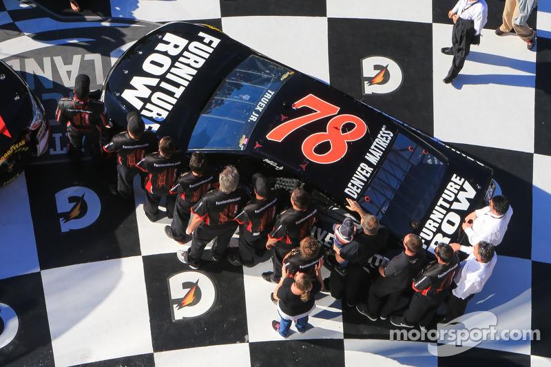 Martin Truex Jr Furniture Row Racing Chevrolet Nascar Cup Photos Main Gallery